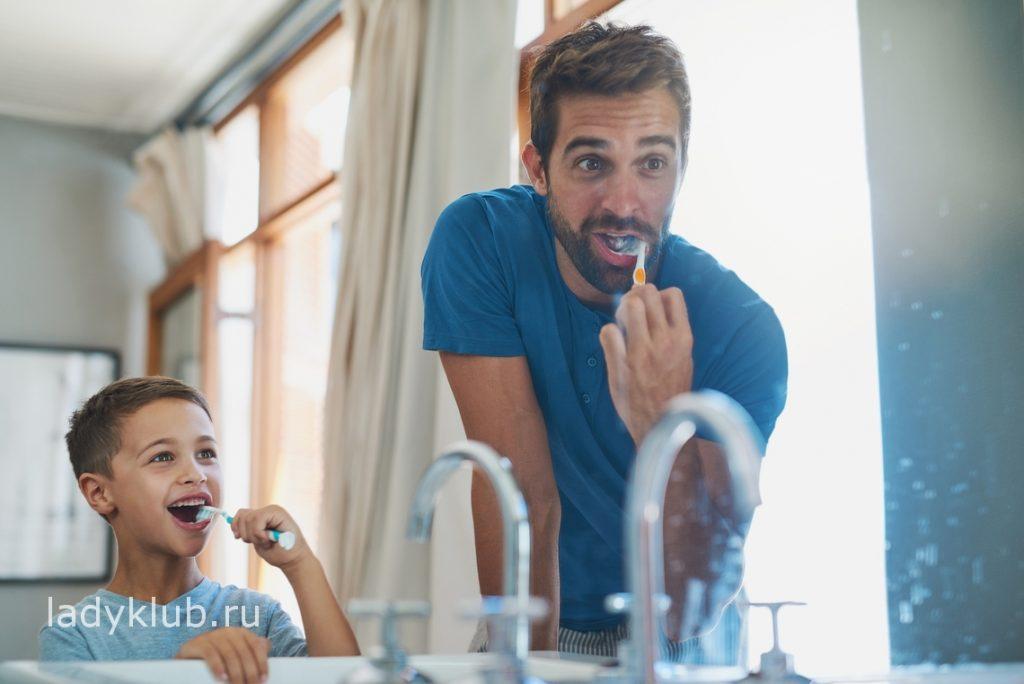 Зубная щетка для всей семьи