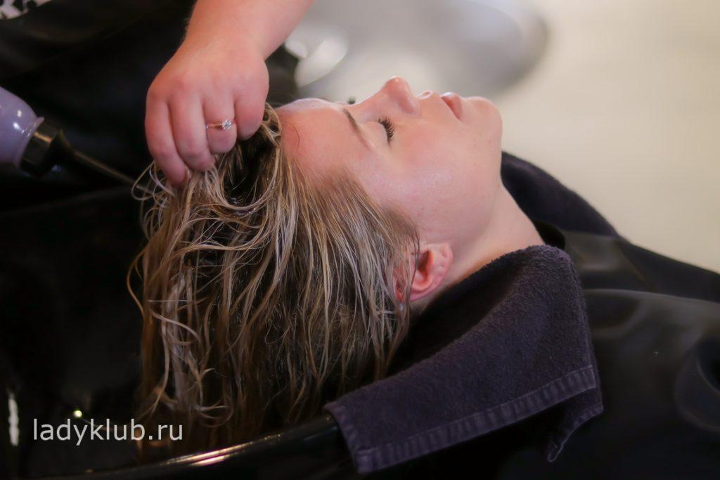 Техника и технология выполнения колорирования волос