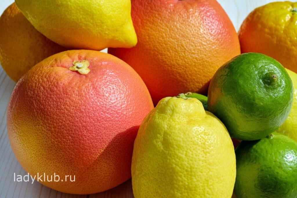 Грейпфруты и лимоны