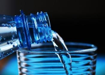 Сколько нужно пить воды в день, чтобы похудеть